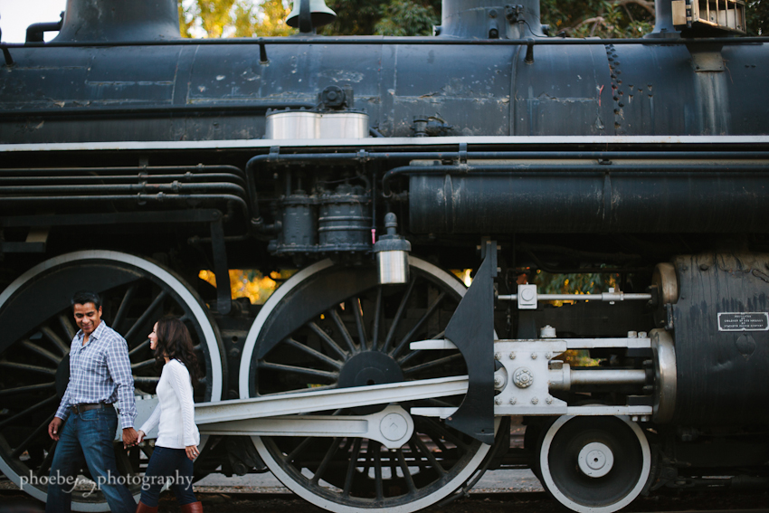 JS-6 - travel town - Griffith - engagement.jpg